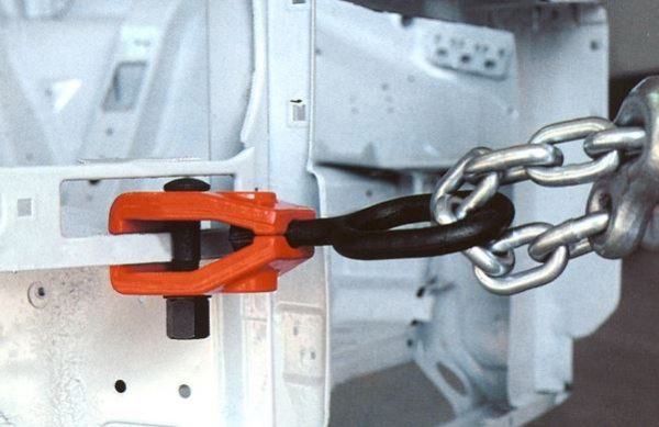 Clamp with Eye Bolt Application